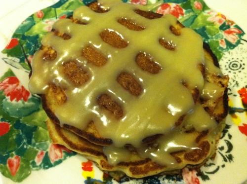 gluten-free cinnamon roll pancakes