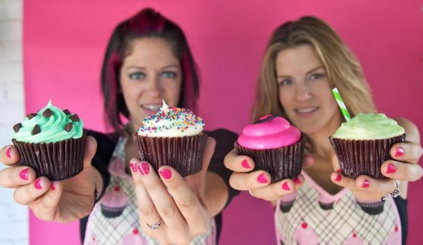 whisk bakery gluten-free cupcakes
