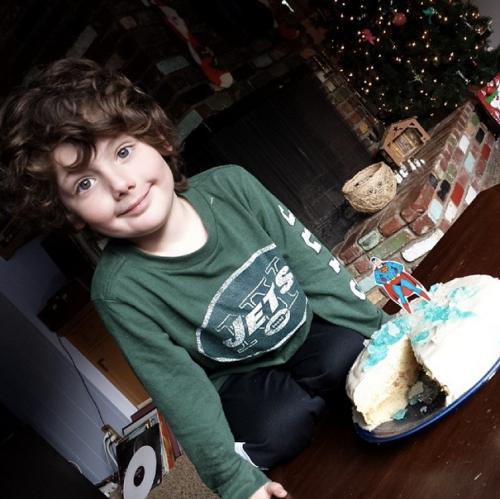 gluten-free superman cake
